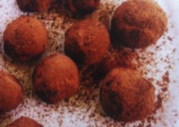 Raw Chocolate Ginger & Peanut Butter Truffles